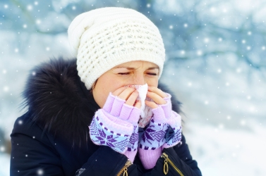 winter-lady-sneezing_122894476